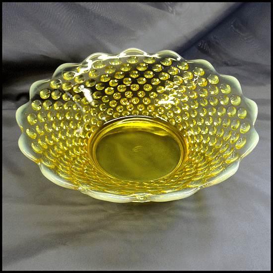 Fenton Opalescent Glass Bowl Yellow Topaz